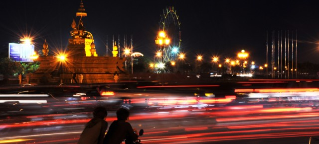Phnom Penh by night