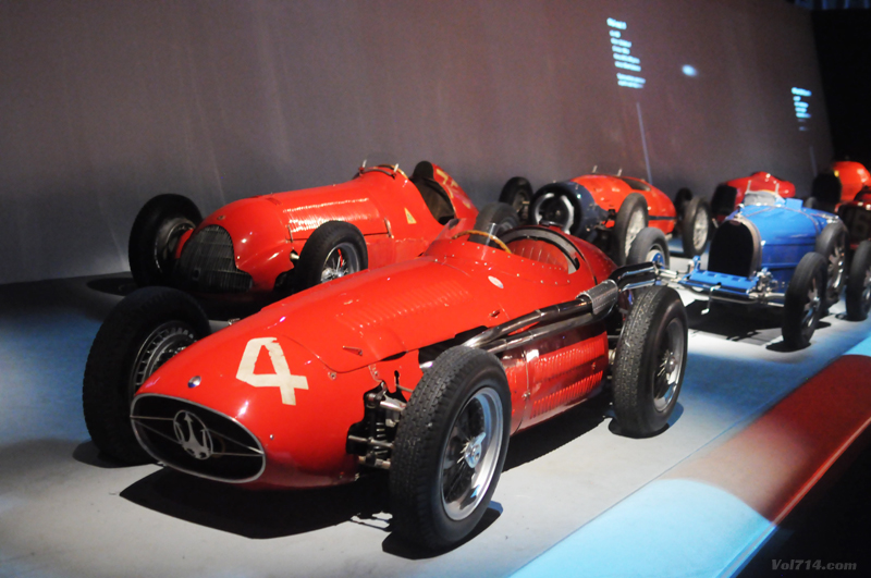 Turin_musee_automobile_voiture_course