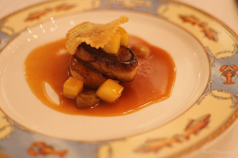 restaurant_paul_bocuse_escalope_foie_gras_poele